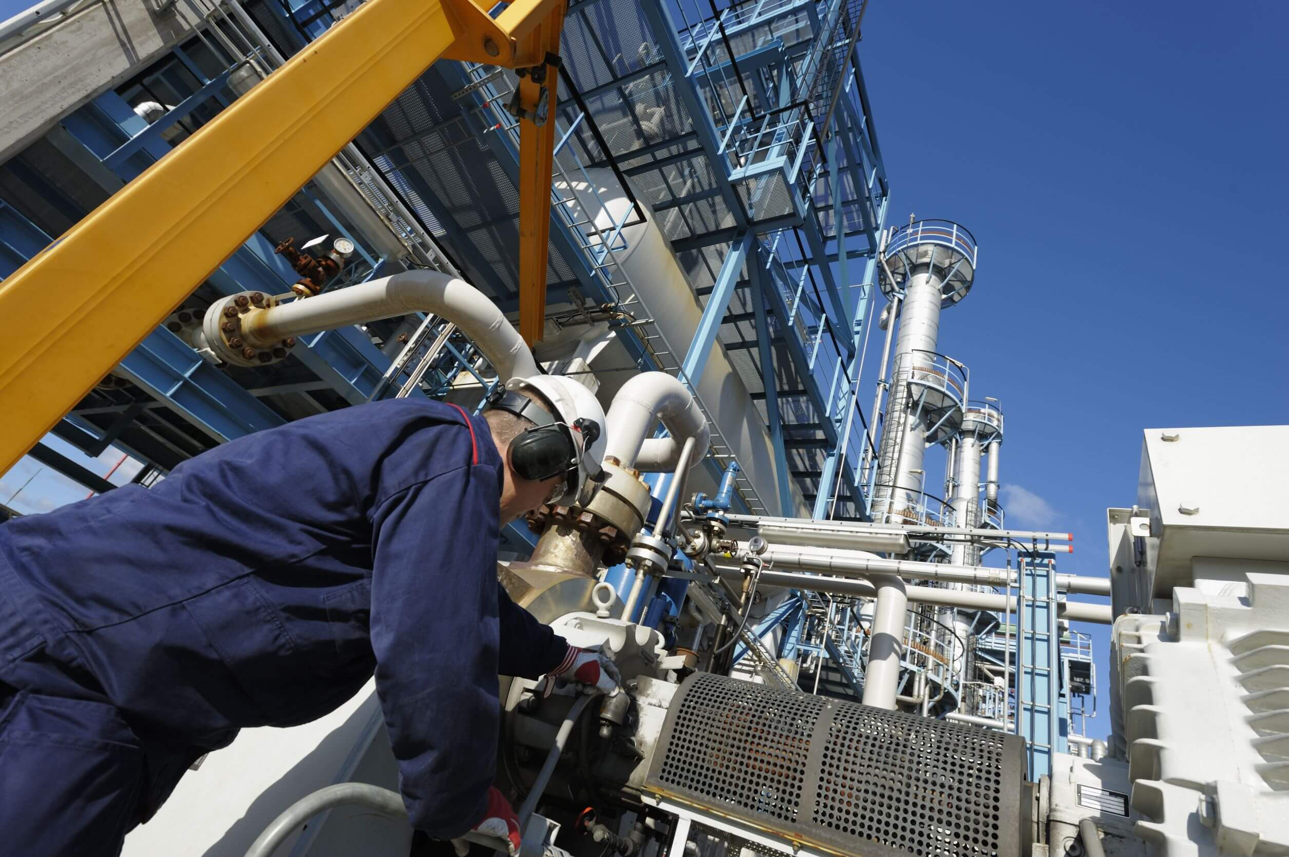 Why Reducing Fugitive Emissions in Alberta Oil and Gas Operations Is Critical