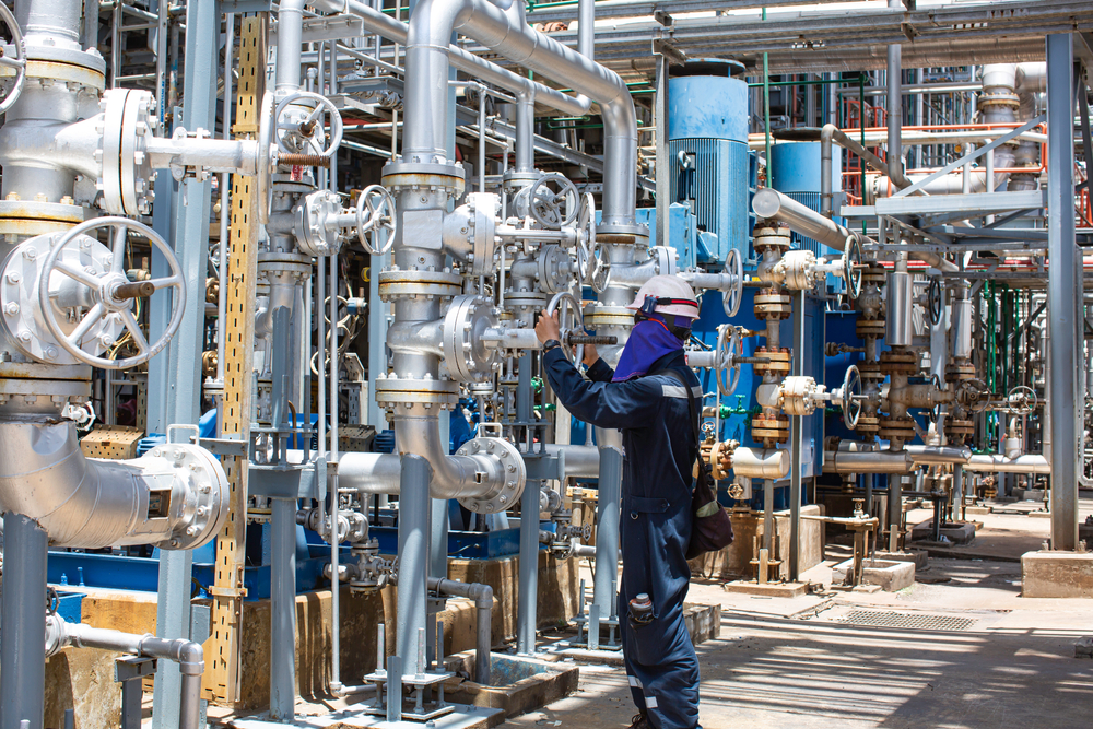 Meet and Exceed Fugitive Emissions Standards for Valves in Alberta Refineries